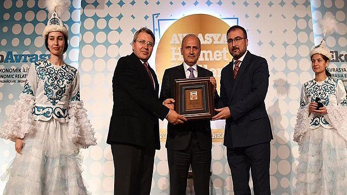 minister turhan billion liralik investering gedaan