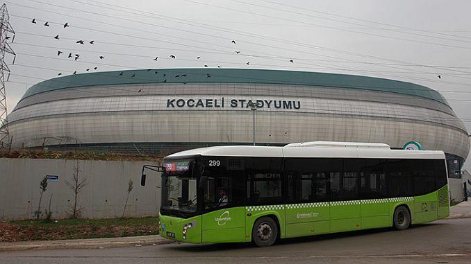 vervoer zonder transfer naar het Kocaeli Stadion