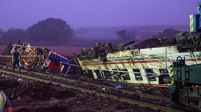 Turkish Railways phot, volgens de reden daarvoor is dat Corlu treinongeluk