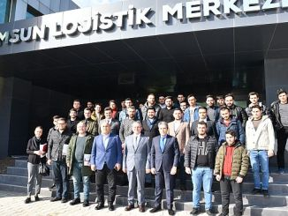 universiteli young people in samsun logistics center