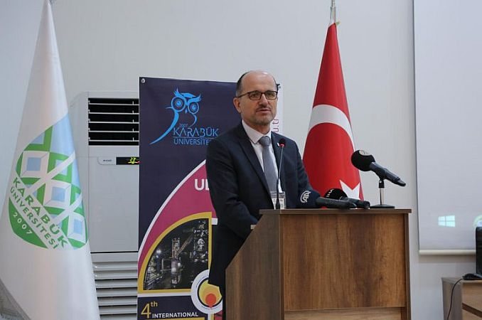 General Manager of Kardemir Dr Hüseyin Soykan