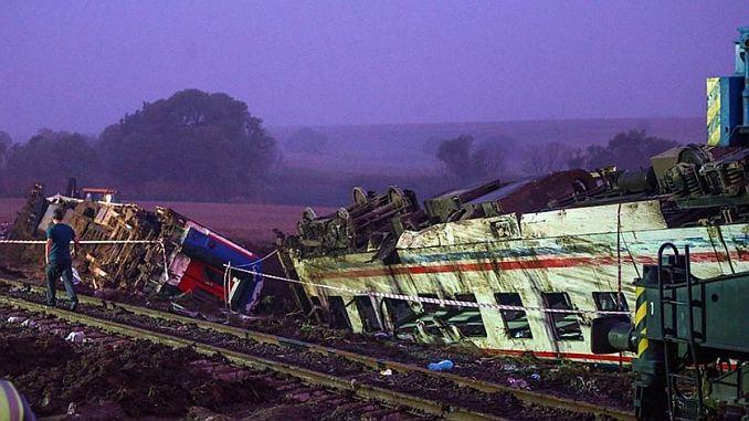 corlu tren faciasinda kovusturmaya yer yok karari delillere uygun olarak verilmis