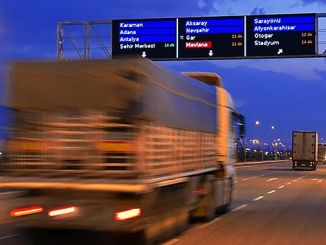 electronic guidance and information screens in Turkey make life easier