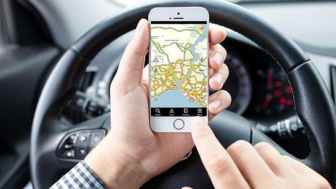 Die yandex navigation presidency zeigt die Routen und Alternativrouten auf einer Radtour an