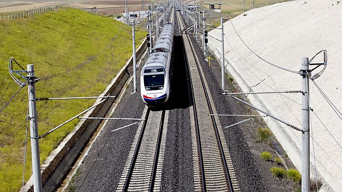 billions of liras spent on rail electrification investments per year