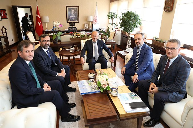 Unterstützung der Transportprojekte von Bursan