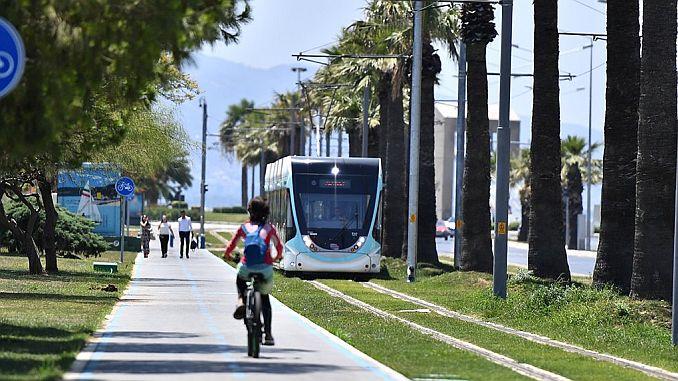 izmir tramvayi milyon kisi tasidi dunyayi kez dolasti