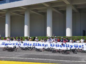 Vi er stærke sammen i sport i Aycicegi Cycling Valley