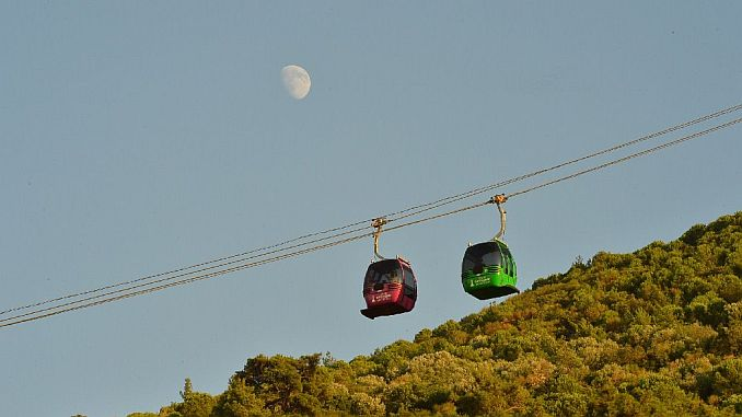 balcova cable car facilities breaks visitor record during the holiday