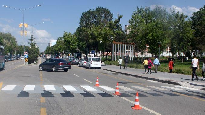 erzurum buyuksehir pedestrian priority traffic arrangement