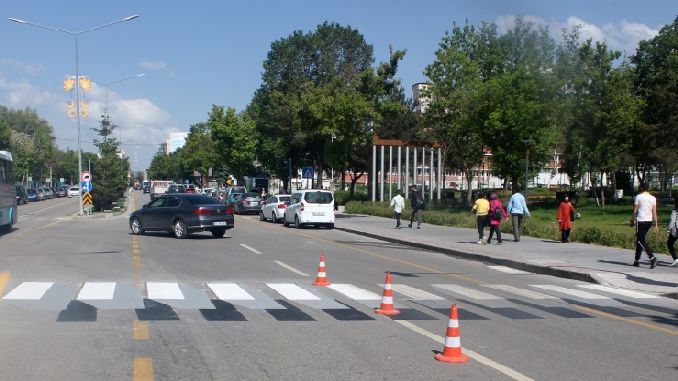 erzurum buyuksehir pedestrian priority traffic arrangement