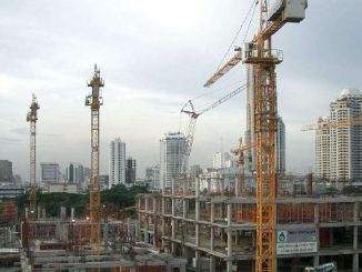 contraction in construction sector continues