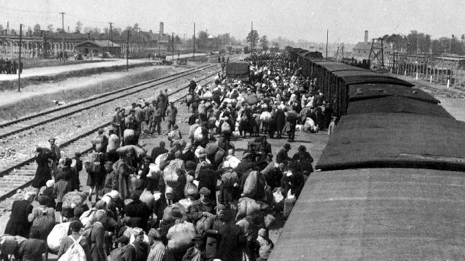 Dutch railway company to help the Nazis pay compensation