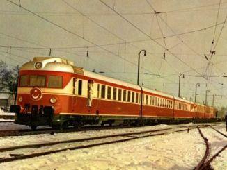 قطار بمحركات من ألمانيا