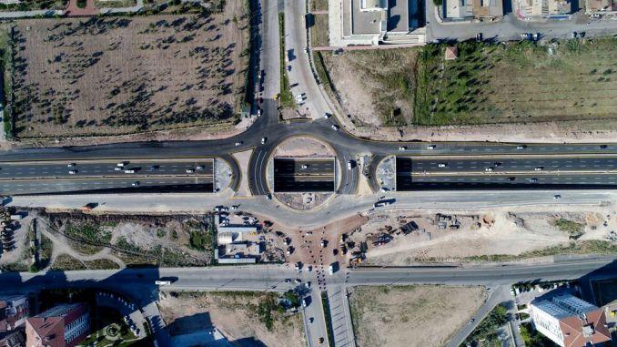 Ayas Road Xinjiang OSB her Lower Pass
