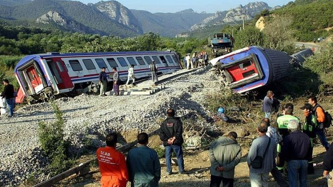 Pamukova train accident
