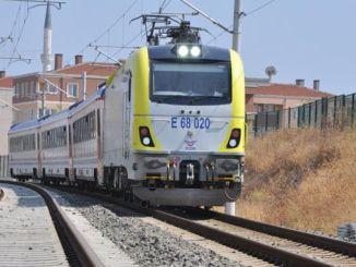 הרכבות והעגלות של אדפזארי גדלות