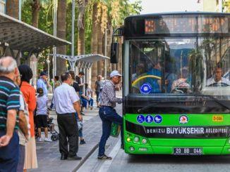 líneas de autobús en vacaciones