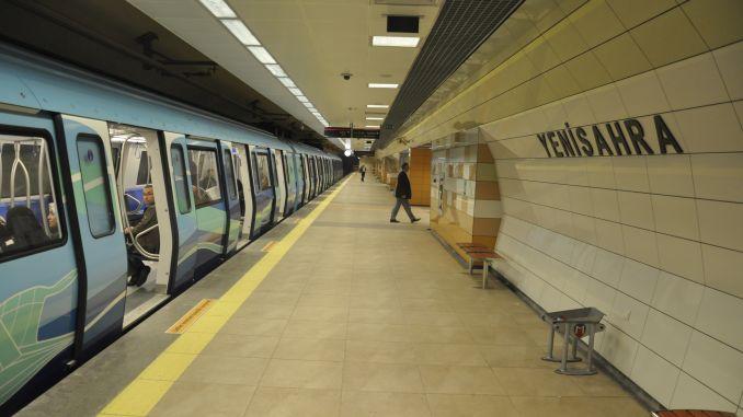 istanbullular iett og ønsker, at metrouret fungerer