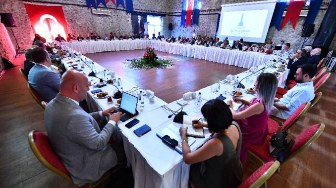 Time for international cooperation for Izmir