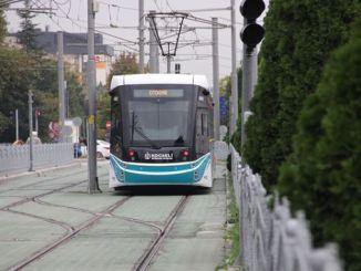 pojede tramvaj hluboko