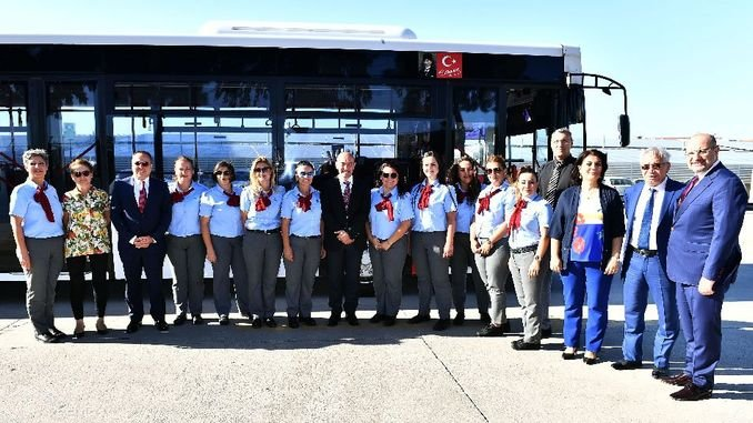Mayor Soyer Women Bus Drivers You Are The Face Of Izmir Rayhaber Raillynews