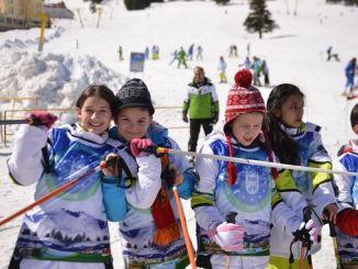 Inscripción para las escuelas de deportes de invierno en Bursa