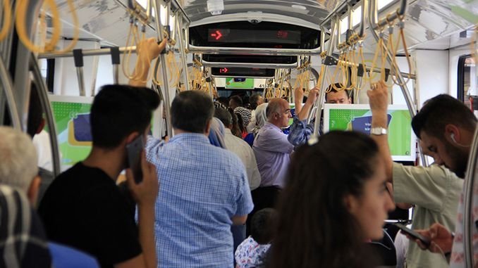 akcaray renewed its record by carrying a thousand passengers a day