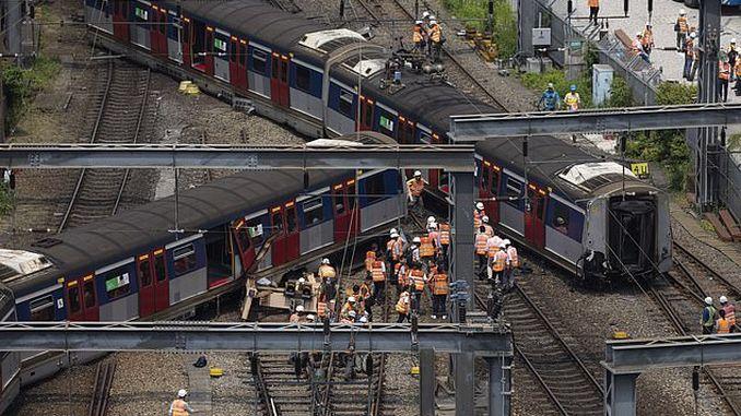 hong kongda train derailment injured