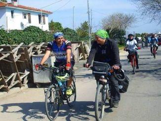 Istanbulski ljubitelji bicikala pedalirati će da objesite prepreke