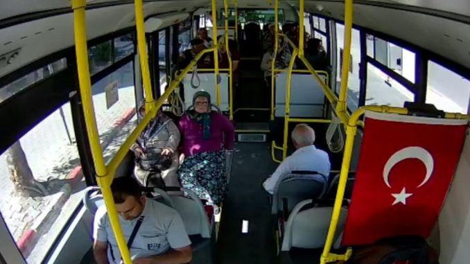 комунални аутобуси караманда инсталирали су сигурносну камеру