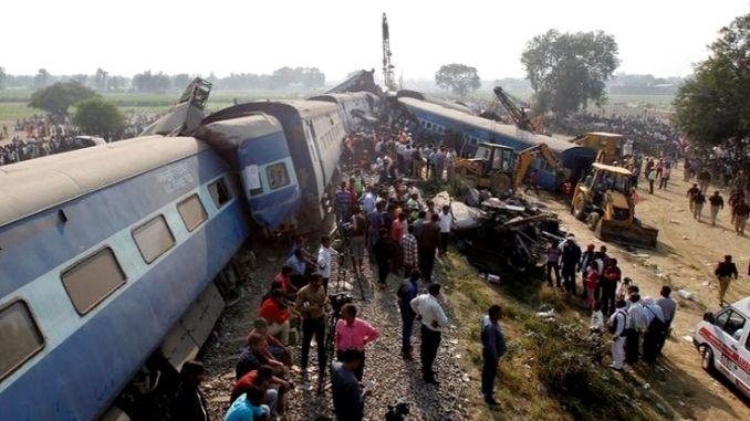 کانگو میں کم از کم ٹرین کا حادثہ۔