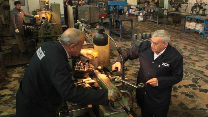 sezgin Motor Inland an Nationale Elektroautomotor striewe produzéieren