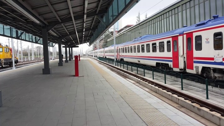 İzmir Konya Mavi Tren
