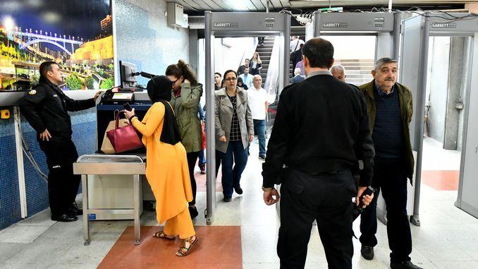 dhibaatada amniga caasimada ankaray iyo saldhigyada metro