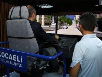 хөдөлгөөнт автобусны симулятортой нийтийн тээврийн жолооч нарт зориулсан бодит сургалт