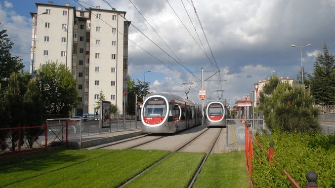 ट्राम स्टेशन टर्नस्टाईल अॅडव्हर्टाईजिंग स्पेस टेंडरने कंपनी जिंकली