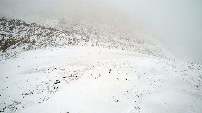 first snow fell to the sea ski resort