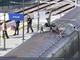 old man falling on the tracks at marmaray station was under the train