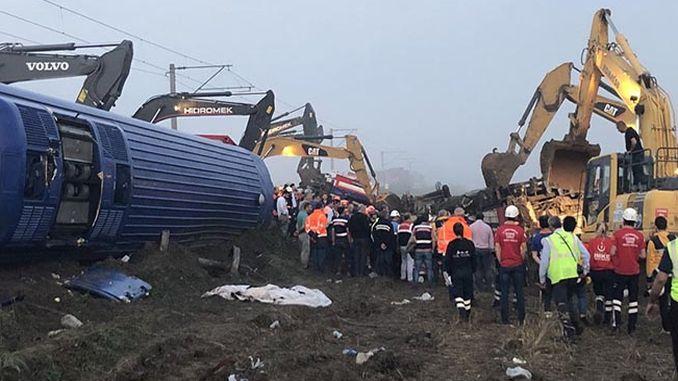 call for resignation via corlu train accident