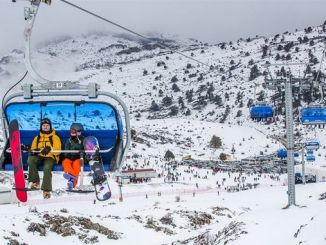 sea ​​ski resort awaits its guests