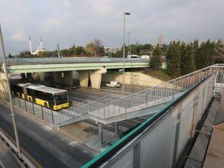 stasiun metrobus altunizade diperluas