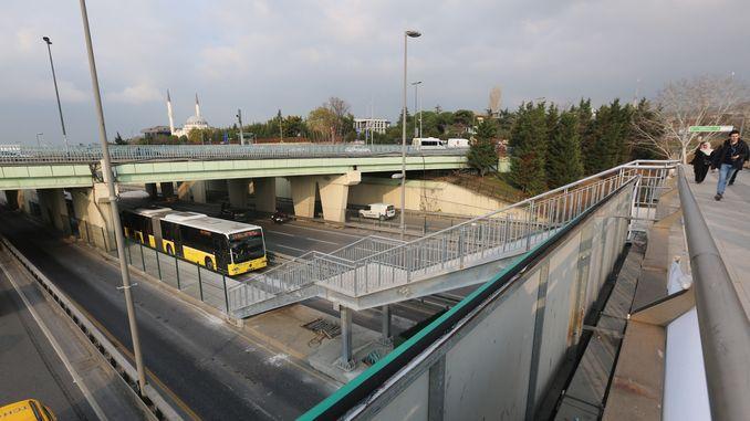 altunizade metrobus stantsiyasi kengaytirildi