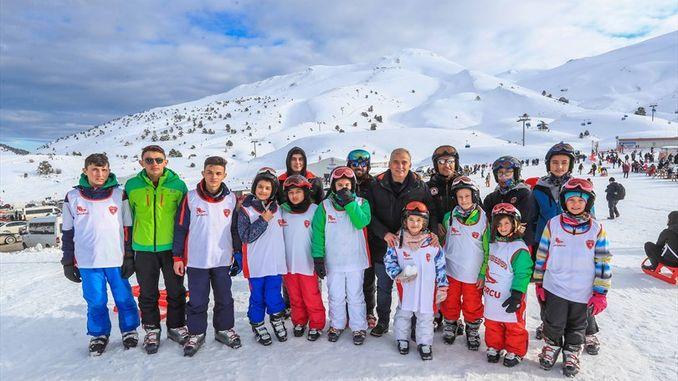 دنيزلي للتزلج يسجل عدد الزوار