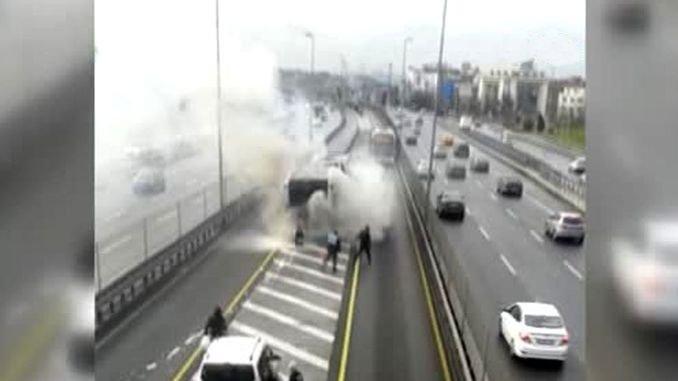 metrobus fire in istanbul caglayanda
