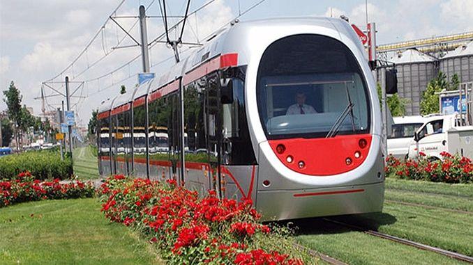 अनाड़ी हलविण्याची गरज नसलेली शहरी रेल्वे व्यवस्था