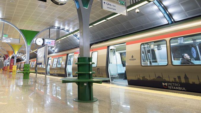 Die Einwohner von Istanbul zogen es vor, mit der U-Bahn nachts sicher zu fahren