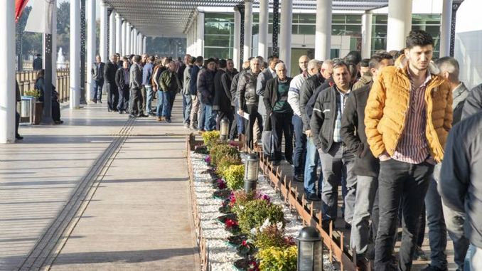 People applied to the announcement of the big city of Mersin