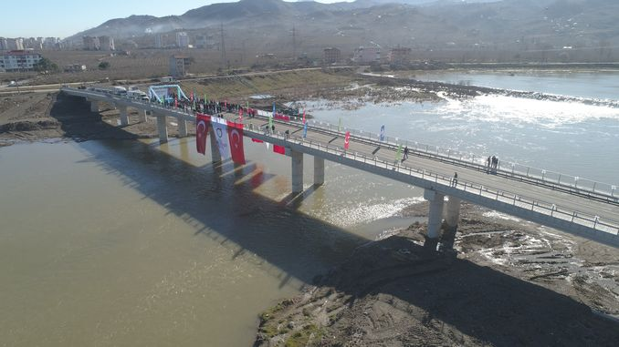 sehit birol yildirim boulevard with new melet bridge opened