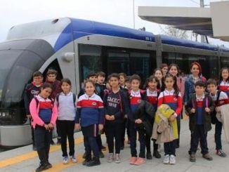 pequeños visitantes del sistema ferroviario de antalya
